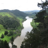 Whanganui_River_-_New_Zealand-165x165.jpg