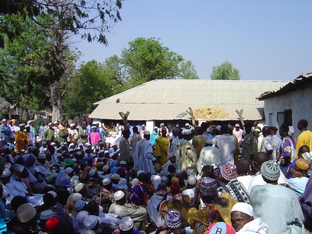 Bellagamba photo - people-funeral-laming-baldeh-2006-