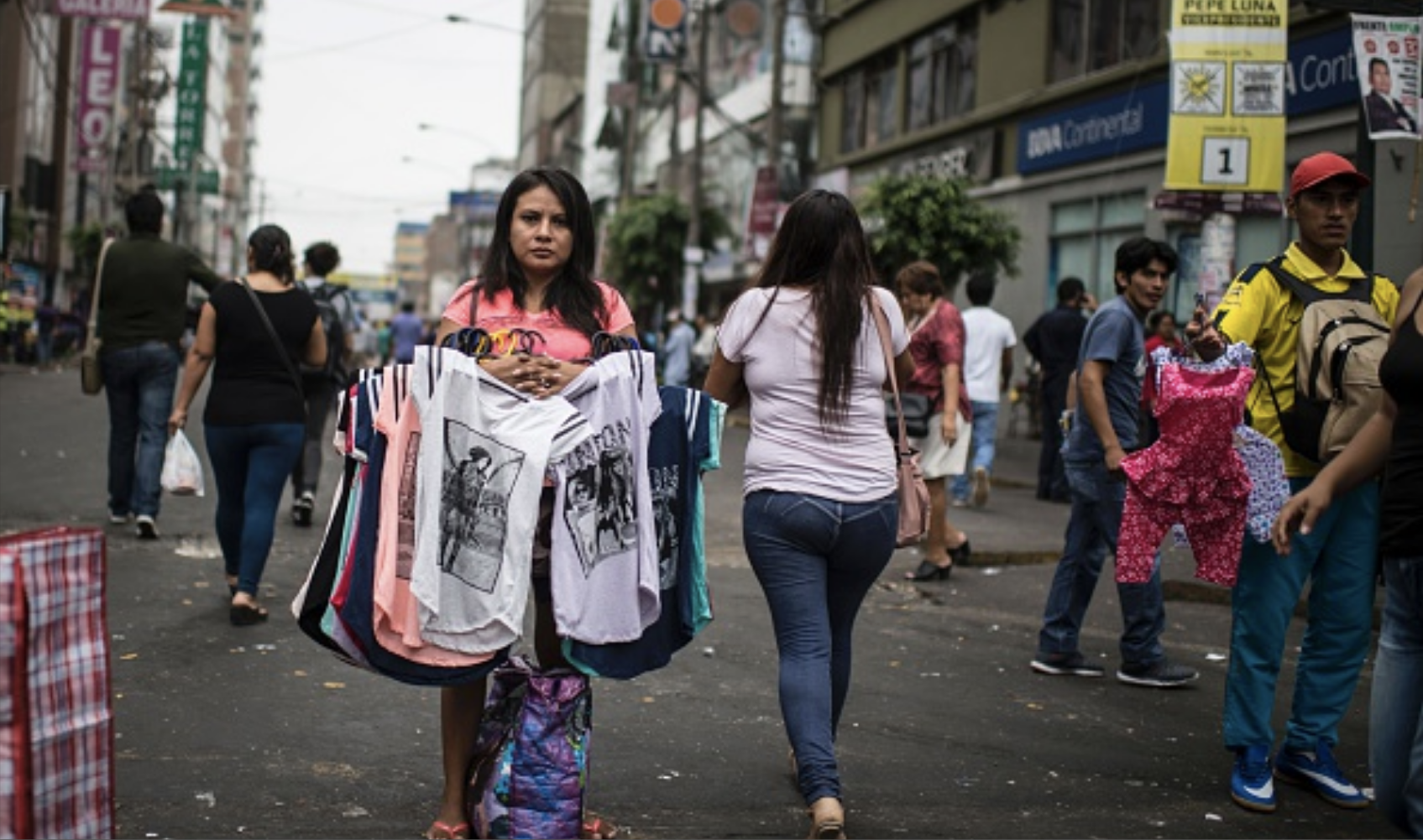 Legalized Extortion: The Exercise of the State's Fiscal Capacity over Informal Street Vendors at Lima's Gamarra Market, Peru